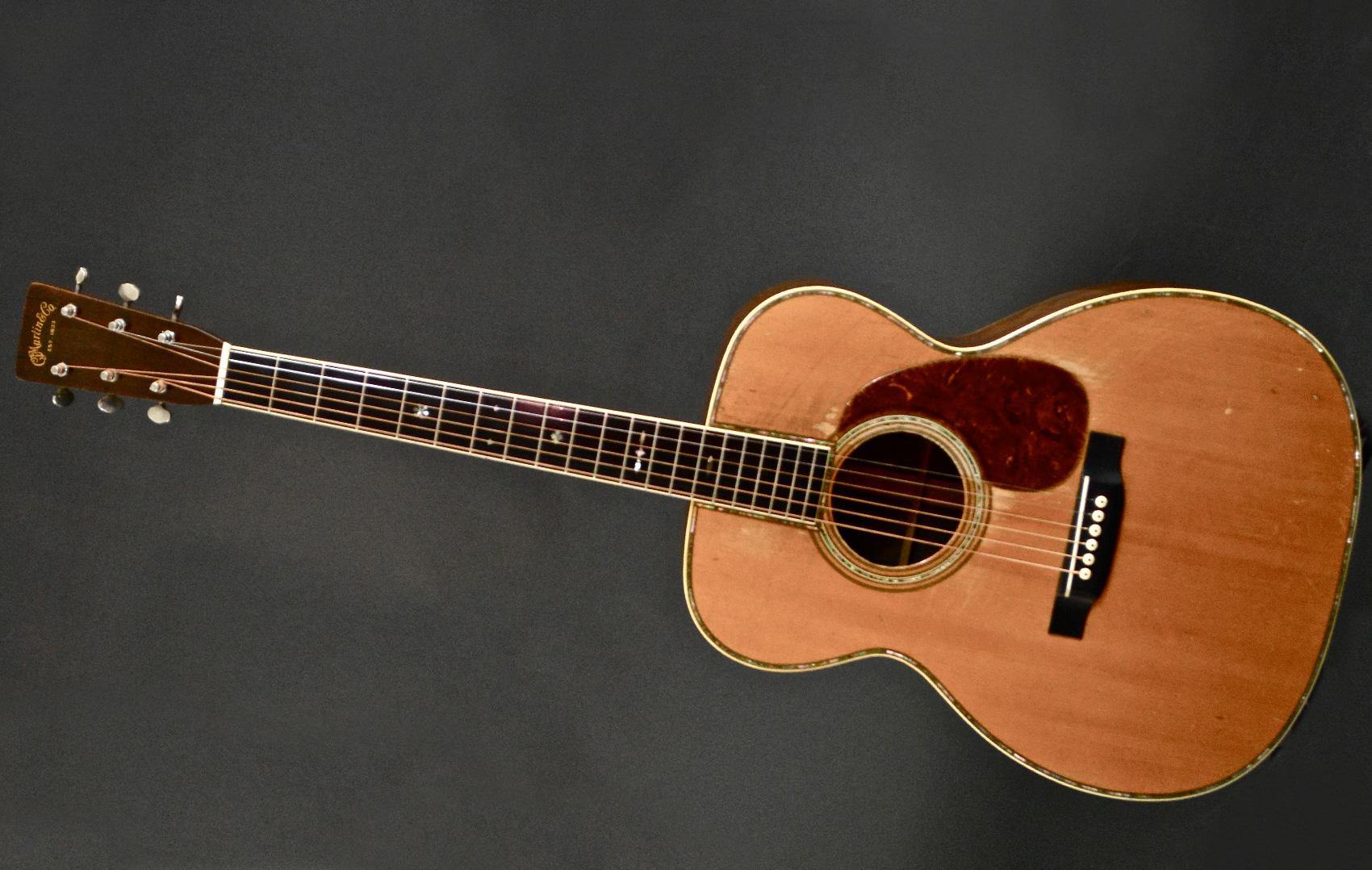 Eric Clapton unplugged 1939 Martin 000-42